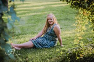 affordable girl Senior pictures Nampa Idaho